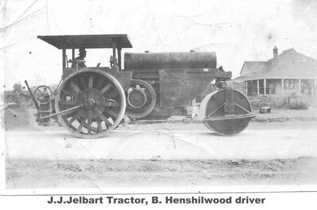 J.J.Jelbert Tractor, B Henshilwood driver Mildura.