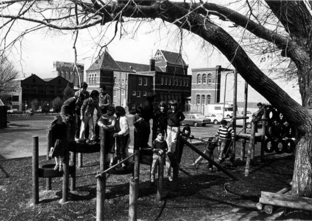 Cambridge Street primary school children at play