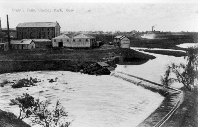 Postcard of Dight's Falls
